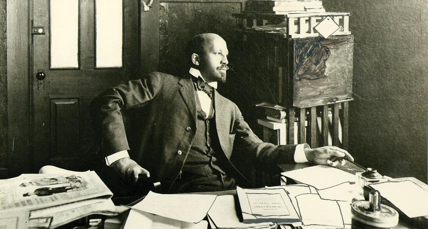 William Edward Burghardt Du Bois na Universidade de Atlanta em 1909. Foto dos Arquivos e Coleções Especiais da Biblioteca Amherst da Universidade de Massachusetts.