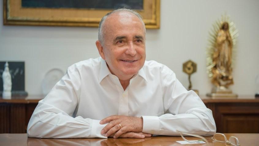 O proeminente ativista anti-AMLO, Pedro Ferriz de Con, que convocou os oligarcas mexicanos para derrubarem o presidente com apoio estrangeiro.
