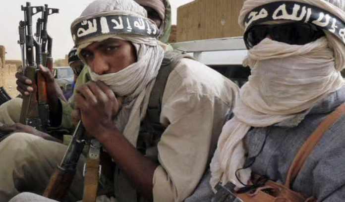 Membros do Estado Islâmico no Grande Saara. Foto via Bladi.