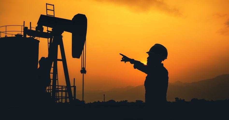 A indústria do petróleo foi uma das mais afetadas pela crise econômica mundial. Fotógrafo desconhecido.