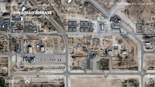 Base aérea de Ain Assad, em Al Ambar, Iraque (áreas atingidas destacadas em branco). 8/jan/2020.